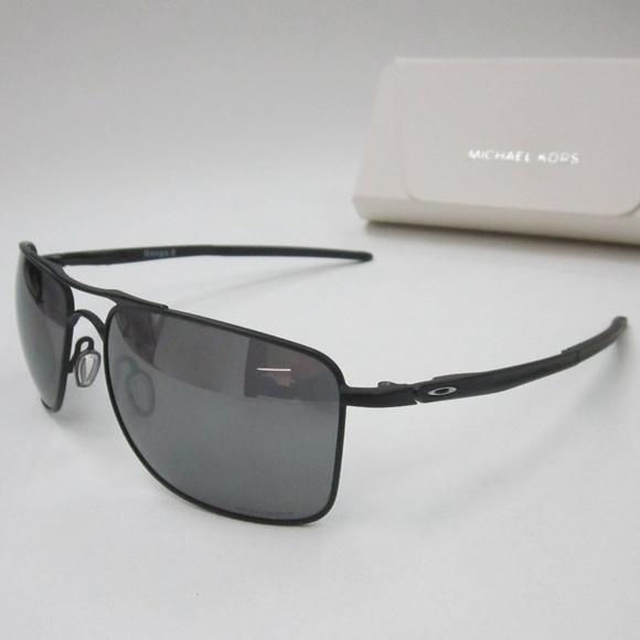 16dfef6bbd5ee Oakley Gauge 8 OO4124-0262 Men s Sunglasses OLE103.  M 5b197eb02beb79bd80fc52a1